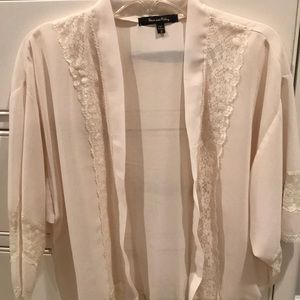 Other - Cream lace cardigan!